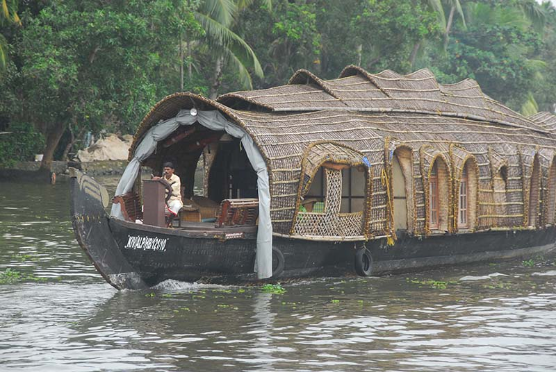 Houseboats for hire complete with staff and a cook - expensive luxury!