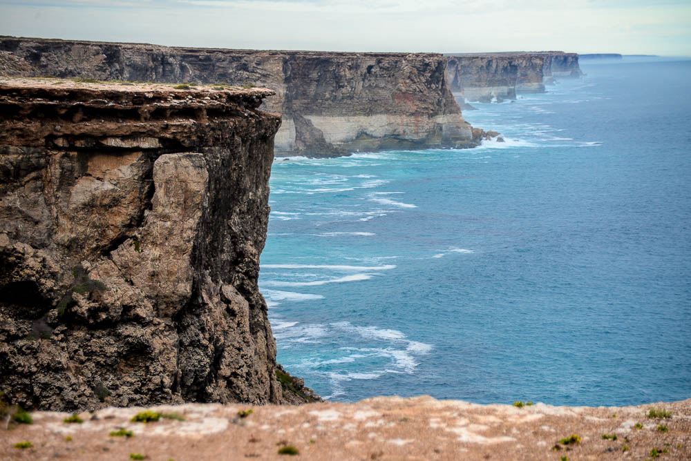 The limestine cliffs of the Great Australian Bight stretch off into the distance.